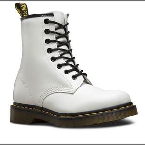 Dr. Martens White 1460 Smooth